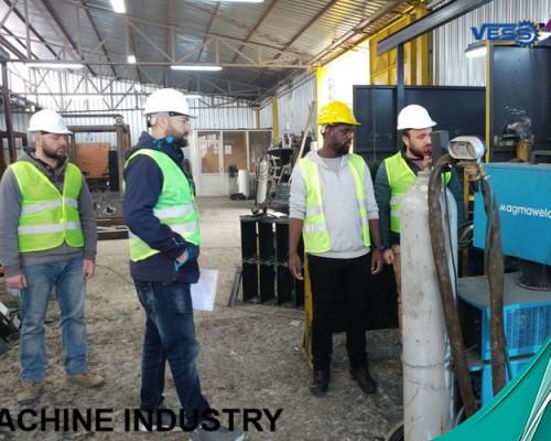 parpaing; brique ; Machine de hourdis ; Machine de pavé; pondeuse pour parpaing ou brique manuelle ou machine pondeuse pour brique semi-automatique